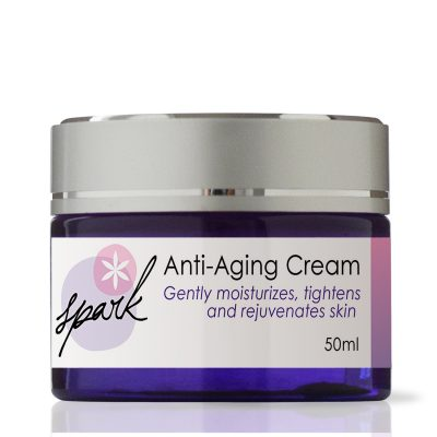 Antiaging face cream with fruit extracts